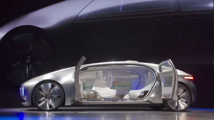 mercedes-driverless-car
