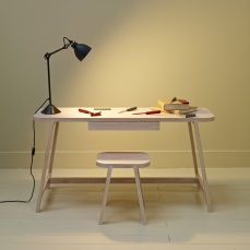another-country-desk-three-beech-natural-005_60fa39b6-4f2b-4697-b675-e251e0d3e6cb